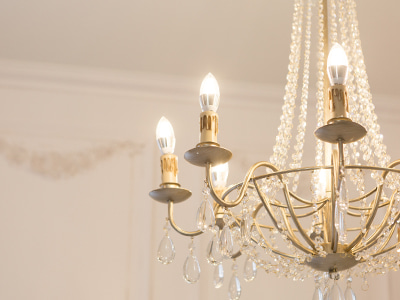 Eight-candlesticks chandelier